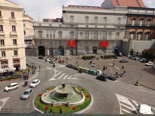Napoli: Luciano De Crescenzo